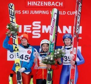 fis-womens-ski-jumping-hinzenbach-20140202-155832-313